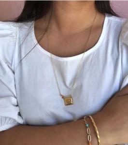 Smuk halskæde med 3 zirconia fra Enamel Copenhagen.